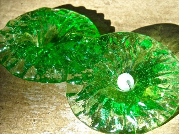 Reserved for Ginavintage jewelry findings  glass flowers chandelier parts  grass green  lamp crystals jewelry findings
