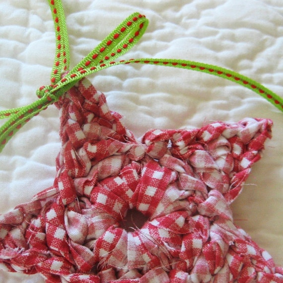 upcycled gingham star (red and lime)