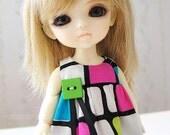 SALE Lati - Mod Square Bubble Dress (Green Button)