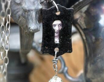 Necklace-Black Beauty
