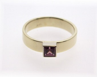 Deep Pink Sapphire Ring