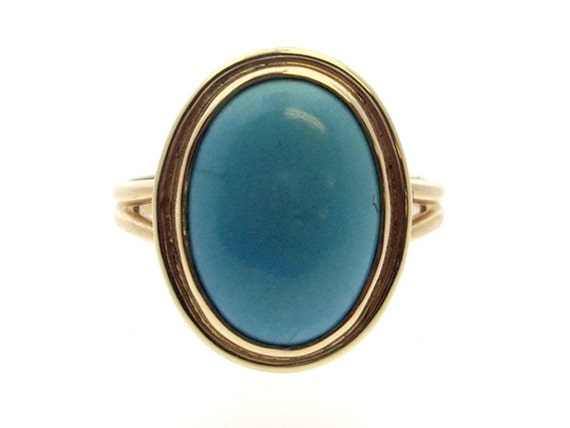 Turquoise Ring in Gold