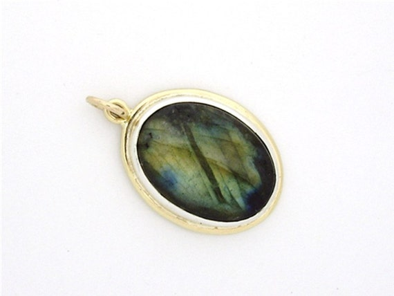 Labradorite Pendant in Sterling Silver and Gold