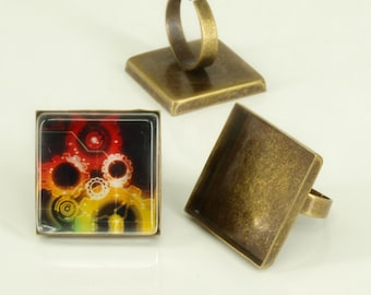 10 Shiny antique bronze blank Trays ring- 25mm square - Use with your favorite resin, glaze, or glass