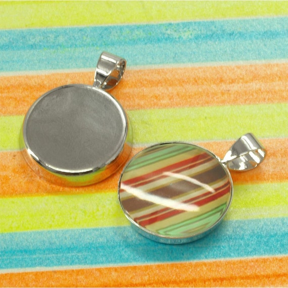 50 Shiny silver tone blank Pendant Trays - 16mm round - Use with your favorite resin, glaze, or glass
