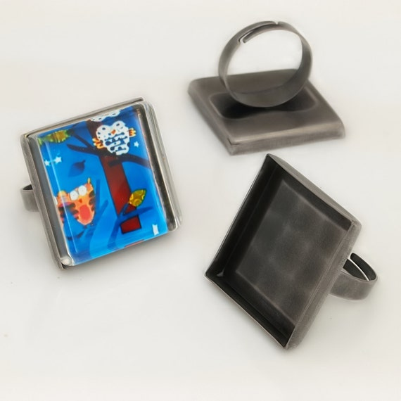 20 Shiny antique silver  blank Trays ring- 25mm square - Use with your favorite resin, glaze, or glass