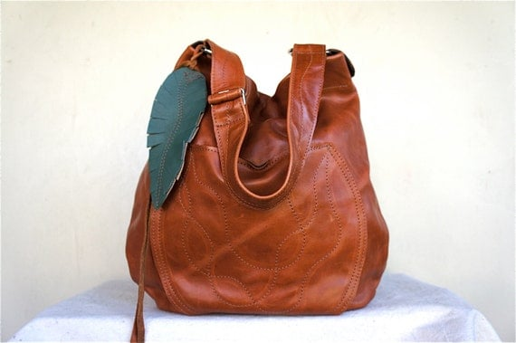 For Robin/// Agatha in Sienna Leather with Adjustable Strap