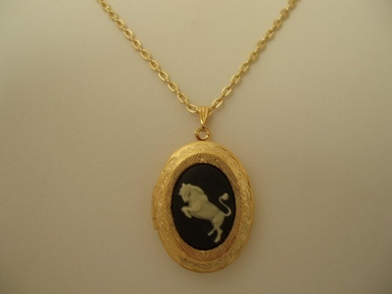 Gold Plated Taurus Zodiac Cameo Locket with Chain