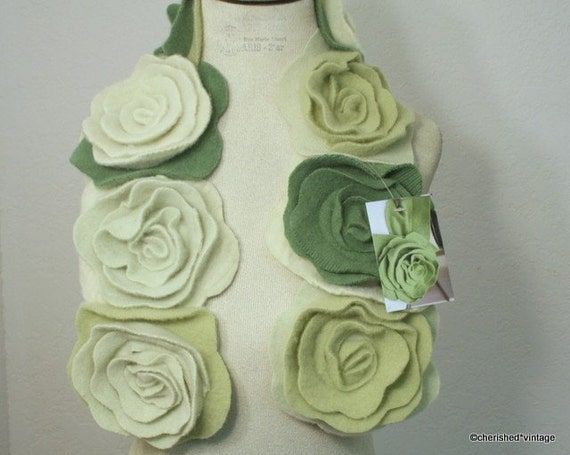 Warm Shades Of Green : Stay warm with this shades of green rolled rose cashmere