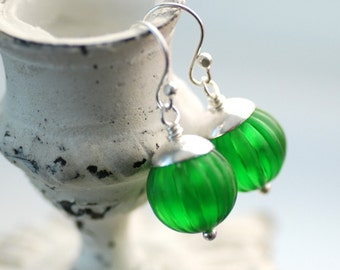 Green Lucite Earrings, Leaf Green Vintage Lucite and Sterling Silver - simplify