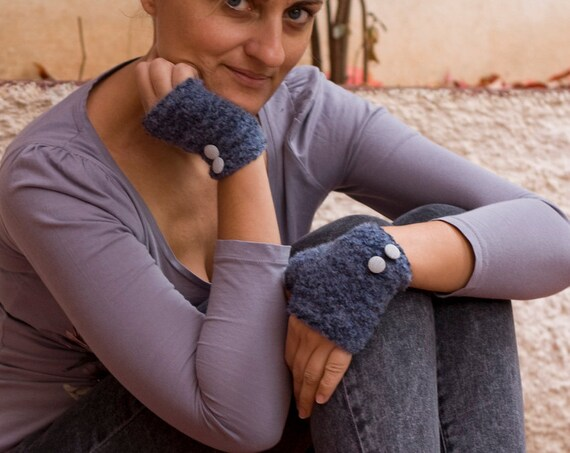 knit fingerless gloves , mittens in blue with buttons