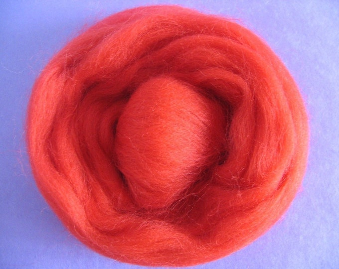Roving Singles 1oz Really Red Corriedale Roving