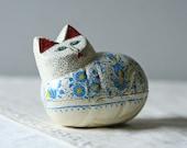 kitty cat trinket box / white floral wood