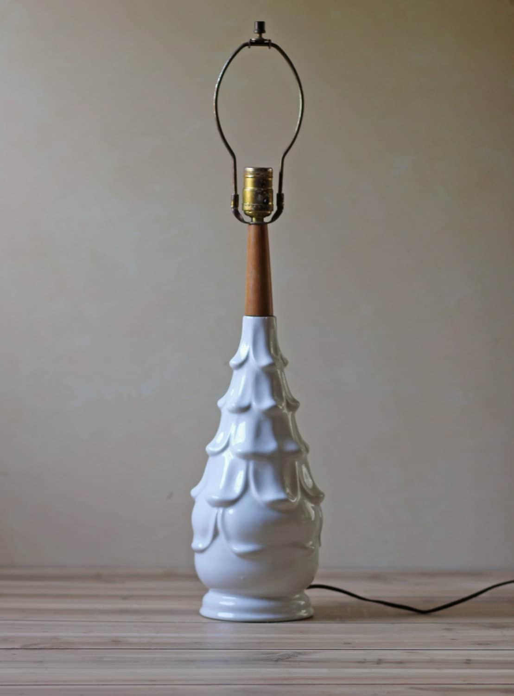 modern white ceramic table lamp by modishvintage on etsy. Black Bedroom Furniture Sets. Home Design Ideas