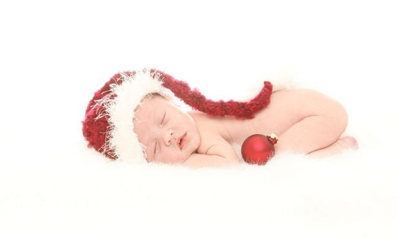 Ho Ho Ho Halo Hat - Long Tailed Fancy Textured Fur Brimmed Knitted Santa Hat for  Young Infants and Babies  Knitted Photography Prop
