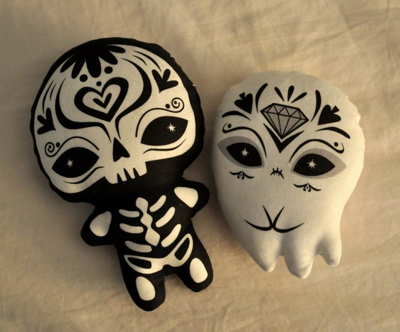 Sugar Skull plush - Day of the Dead - Dia de los Muertos toy