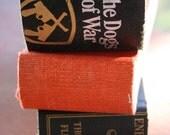 1\/4 books set of 3\/all hallo's hue