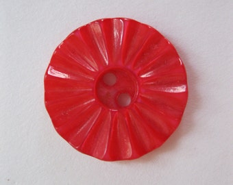 assorted vintage and repro buttons in red, 1940's - contemporary