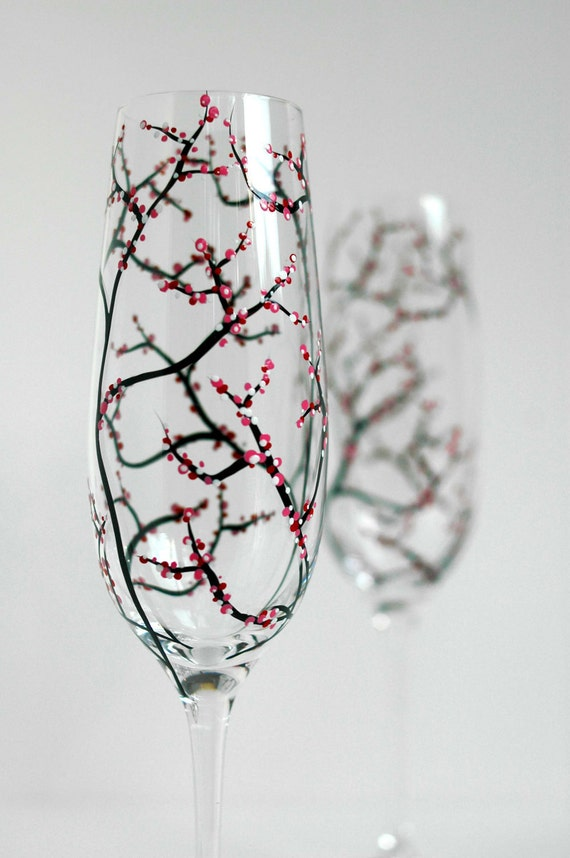 Personalized Toasting Flutes, Cherry Blossom Toasting Glasses - Set of 2 Customized Hand Painted Champagne Flutes for your Spring Wedding