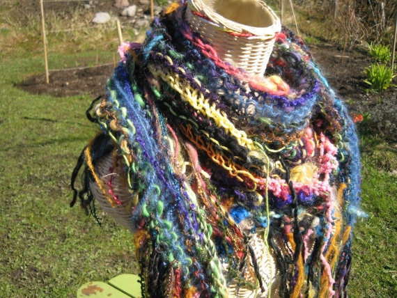 STEP RIGHT UP scarf\/shawl