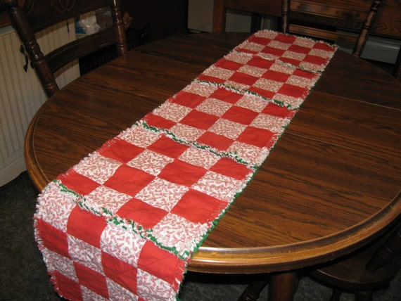 Christmas candy canes tables runner