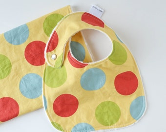 Baby Boy Bib and Burp Cloth Set Balls in Daffodil