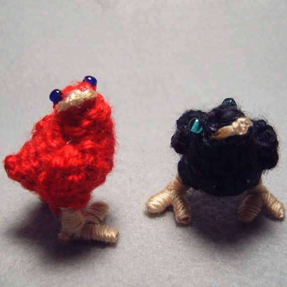 Chocobo Chicks, red and black