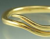 14k Gold Wave Vine Ring