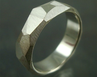Chiseled Ring - Faceted Band - Sterling silver
