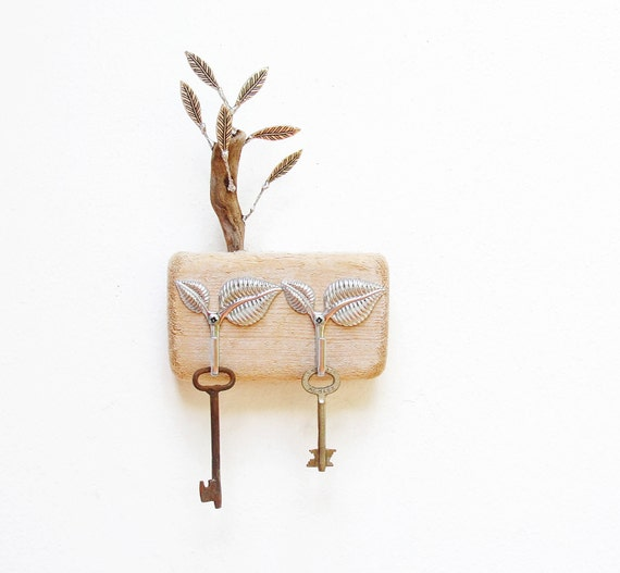 Forest Love - Key Holder Rack, Jewelry Organizer Rack - Driftwood, Metal