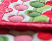 SALE - quilted pot holders - Merry Christmas  - ready to ship