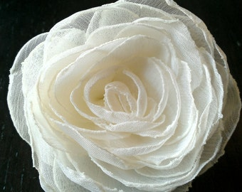 Beautiful Bride, Small Ivory Hair Flower Wedding Hair Clip