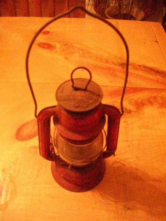 Vintage 70s small red lantern with rust