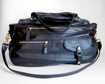 XL leather travel bag/carry-on bag in black