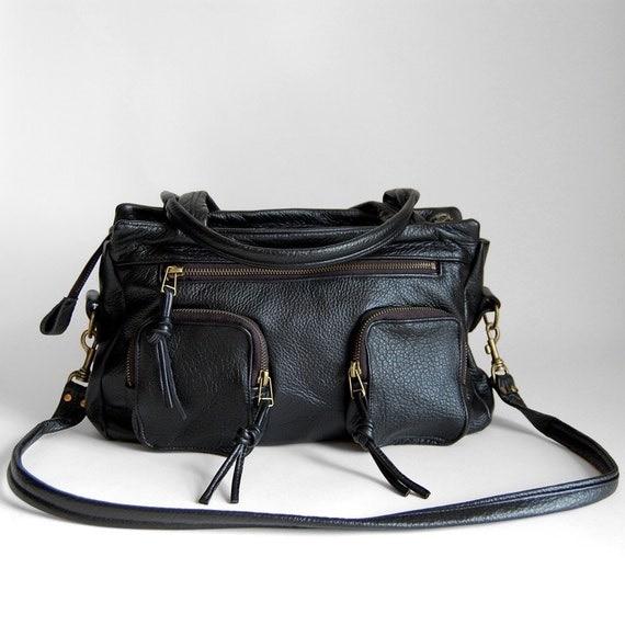 5 pocket Willow bag in jet black - clip on cross body strap