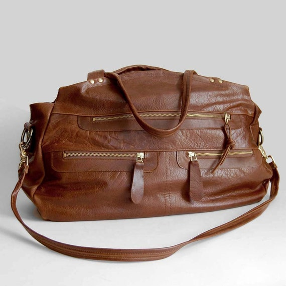 XL travel bag/carry-on bag in whiskey - Cross body strap