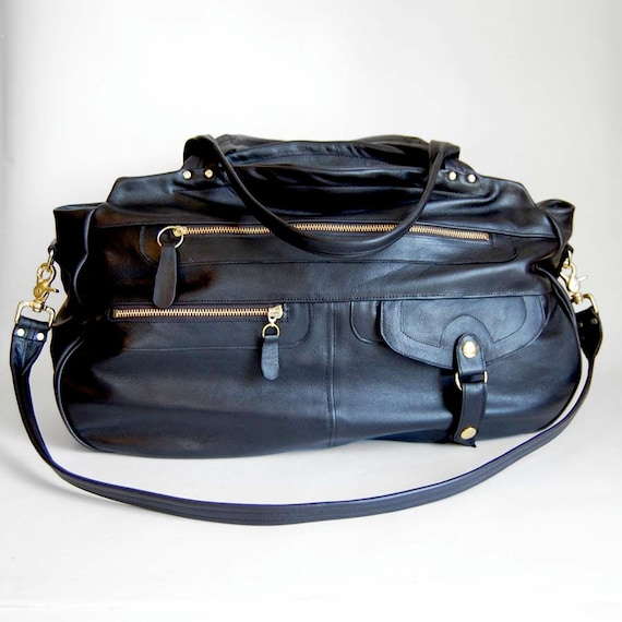 Storewide sale TODAY ONLY see store announcement for coupon code -XL travel bag/carry-on bag in black - Cross body strap