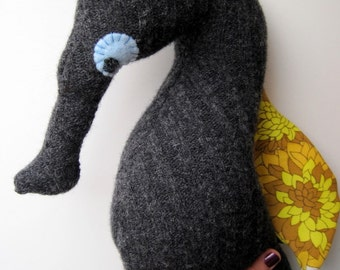 Recycled Lambswool Seahorse