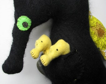 Recycled Licorice Papa Seahorse with babies