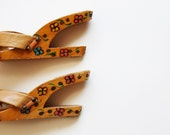 vintage CUT OUT heel / hand carved hand painted 1960s platform wedge