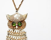 vintage SNOW owl necklace / 1960 oversized articulated OWL pendant