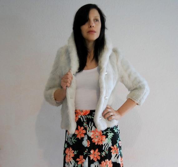 WHITE RABBIT...vintage 70s faux fur cropped jacket