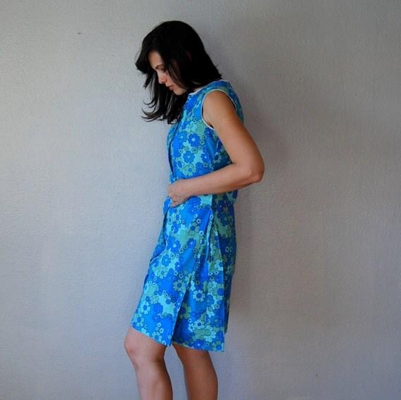 50s fancy mod floral  / sky blue shifty day dress
