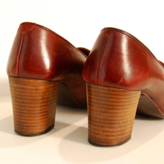 vintage PENNY loafer  / spanish merlot FRINGE leather stacked wood heel