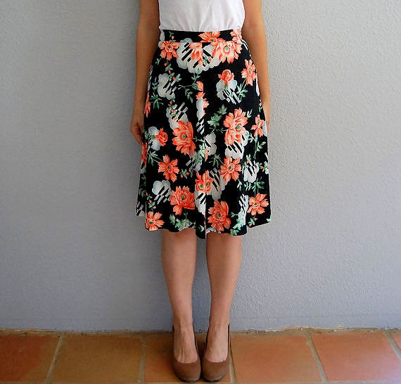 vintage FLORAL skirt  / a line 1970s peach rose skirt