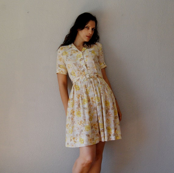 floral DAY dress / cotton button up bodice 1950s dress
