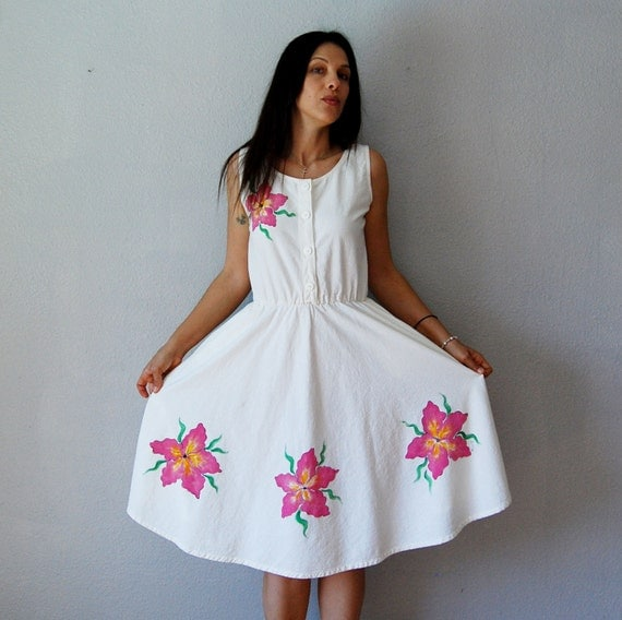 hand PAINTED dress /  1970s floral ART sleeveless sun dress