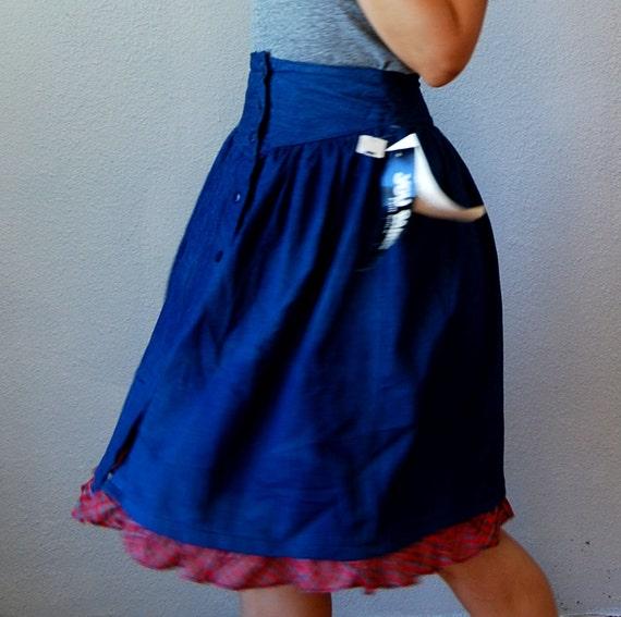 vintage YOKE front denim skirt  / 1980s button up DEAD STOCK skirt with plaid hemline
