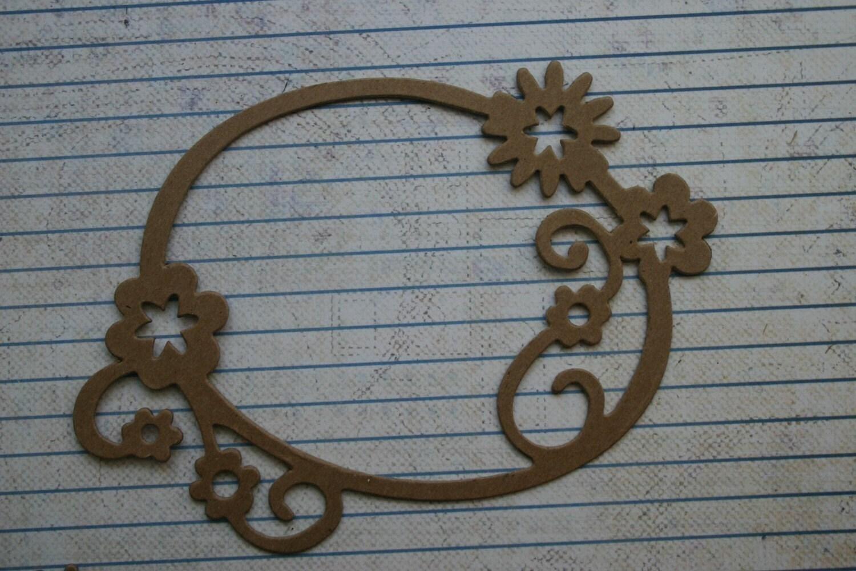 3 marcos ovalados con acentos florales aglomerado desnudo
