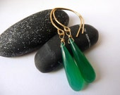 AAA Green Onyx Goldfill Earrings : Long Faceted Briolettes Hammered